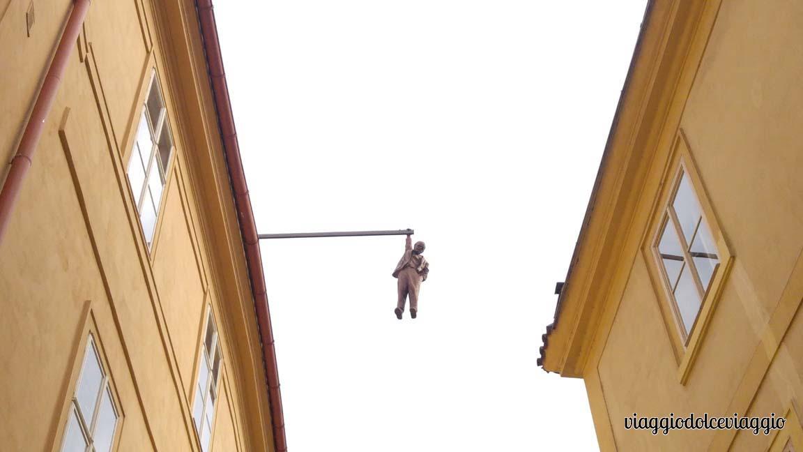 sculture-david-cerny praga