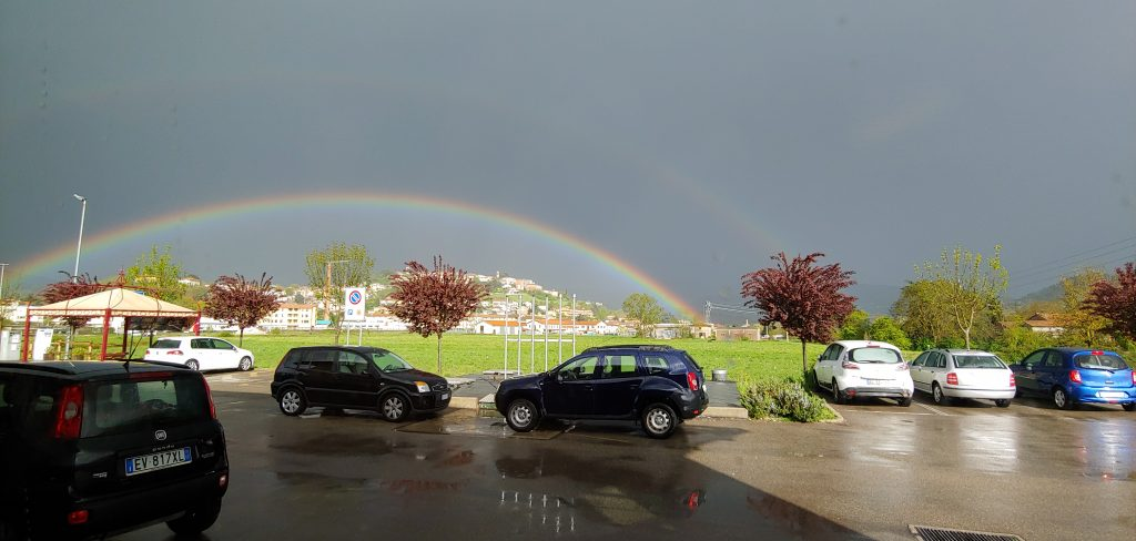 arcobaleno dopo la pioggia