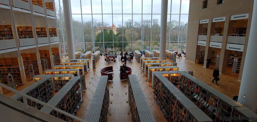 Biblioteca civica di Malmo, bellissima