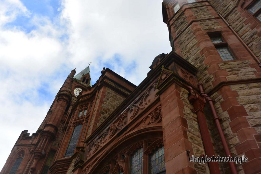 Cosa vedere a Derry Guildhall