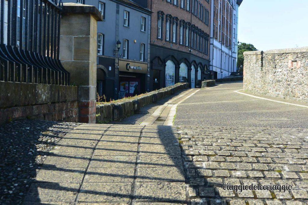 Cosa vedere a Derry, passeggiata sulle mura